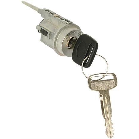 amazon com ignition lock cylinder for toyota tacoma 95 04 keys rh amazon com 2017 toyota tacoma keyless ignition 2017 toyota tacoma keyless ignition