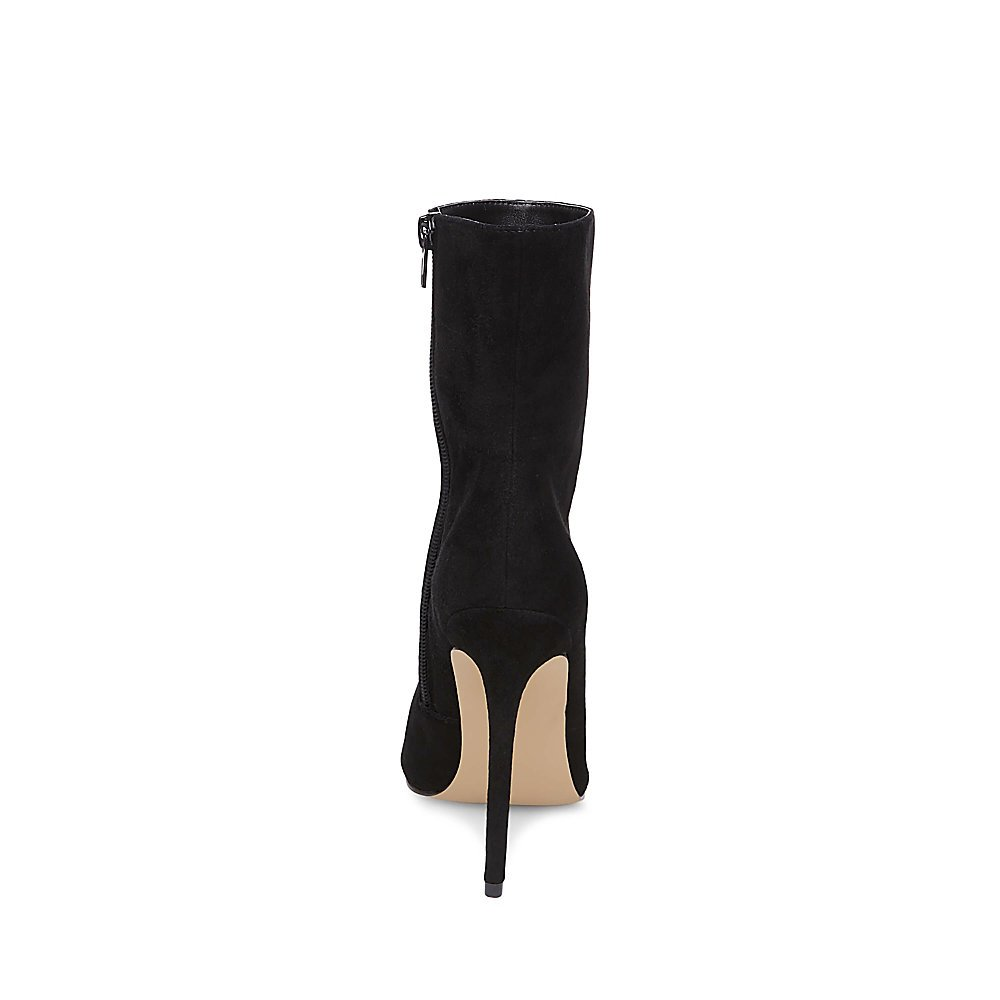 a55c4ab5a3c Steve Madden Women's Wagner Ankle Bootie