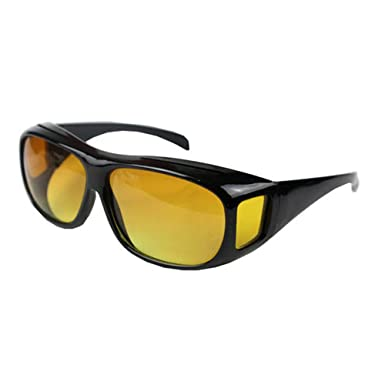 f88f4065e48 Boolavard Night Sight Night Driving Over Glasses UV Wind Protection   Amazon.co.uk  Clothing