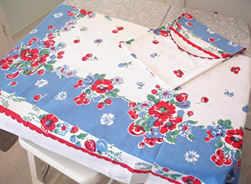 (Very Berry Tablecloth by Moda Home)