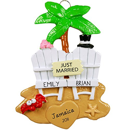 Wedding-Couple-on-the-Beach-Personalized-Tree-Ornament