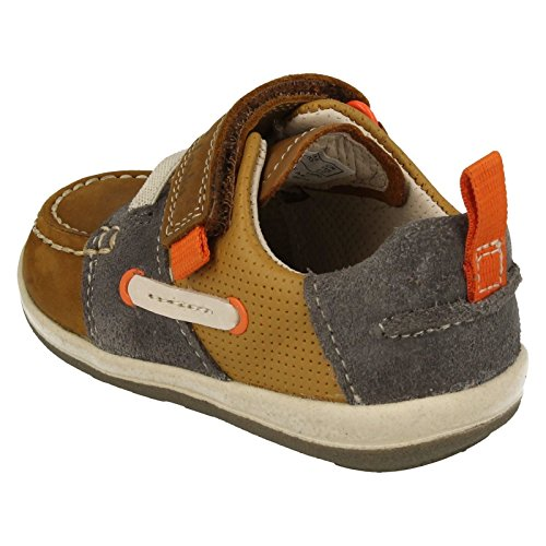 Clarks Softly Boat Fst Boys First Casual Boat Shoes 4 G Tan