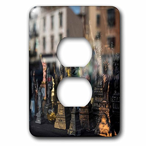 3dRose Danita Delimont - Markets - Statue of Liberty souvenir, Brooklyn, New York, Usa. Williamsburg - Light Switch Covers - 2 plug outlet cover - Williamsburg Outlet