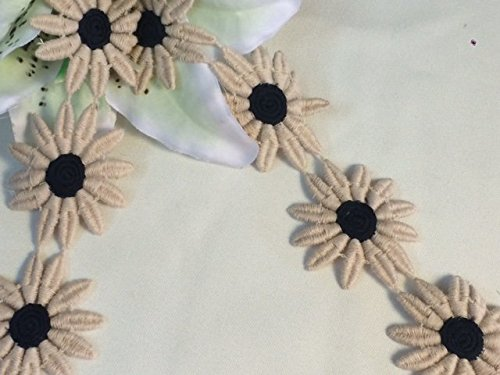 (4 Yards, Classic Daisy Venise Lace Trim, Tan and Black,1.75