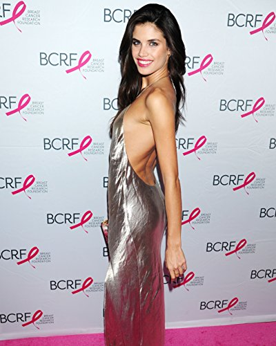 Sara Sampaio 8X10 Celebrity Photo  15