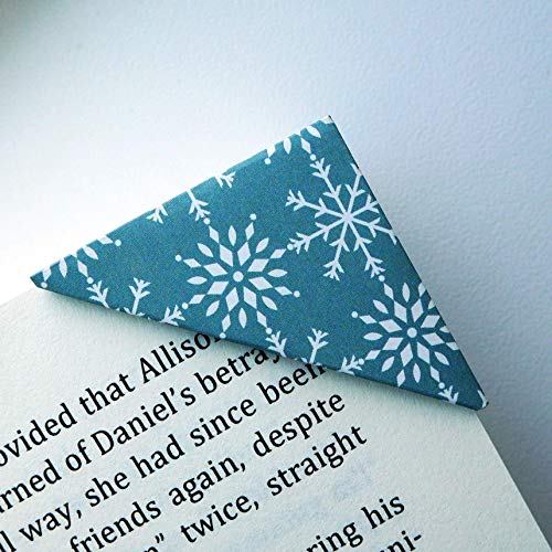 Set of 2 Bookmarks - Snowflake Shower On Dark Green Bookmark