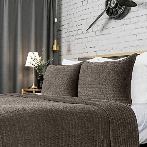Stitch Channel Quilt - Elegant Life Reversible Royal Cotton Velvet Pic-Stitch Bedding Quilt - Oversized King - 108'' x 92'', Olive