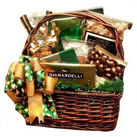Luck o the Irish St. Patrick's Day Gourmet Snack Food Gift Basket – Great Care Packa ...