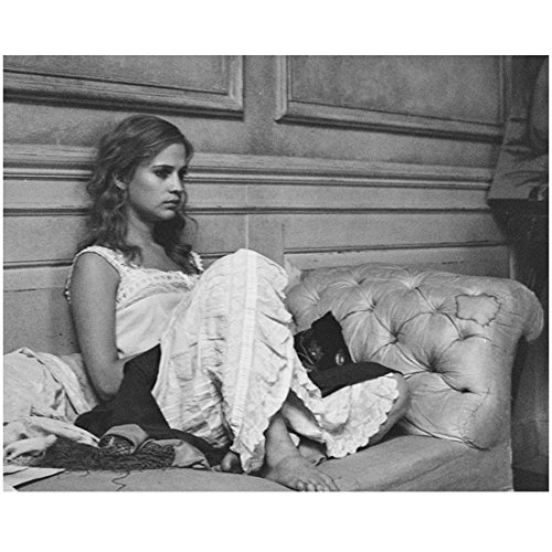 The Danish Girl (2015) 8 Inch x 10 Inch photograph B&W Alicia Vikander on Settee kn