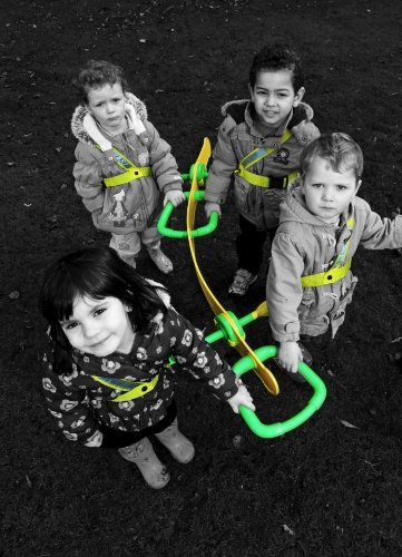 Walkodile Quattro (4 Child) - Kids Walking Rope, Childrens Reins, Toddler Safety Harness. Includes Free Learning Games for Walks Guide by Walkodile (Image #2)