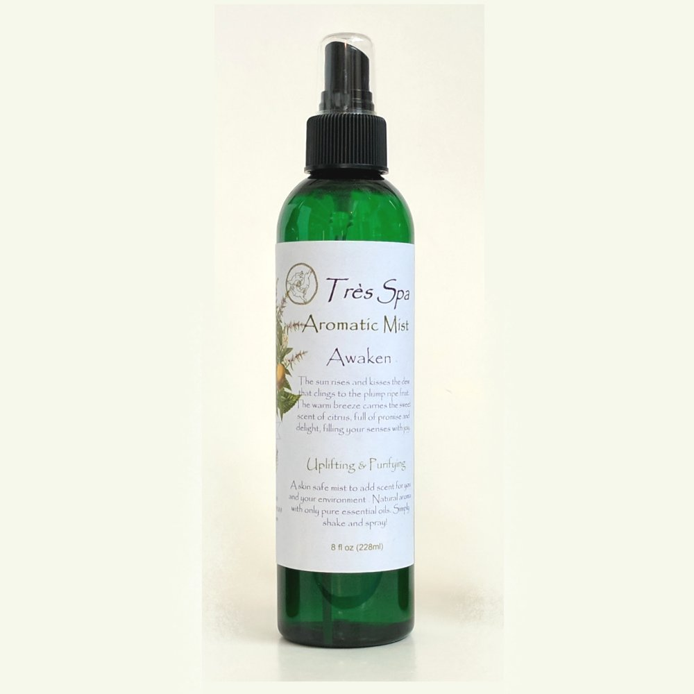 Trè s Spa Aromatic Mist - Awaken - Uplifting & Purifying - Citrus, mint & spice Essential oils A truly versatile natural product to scent you and your environment. Our mists are skin safe, environmentally friendly, and alcohol free. (8oz) Très Spa