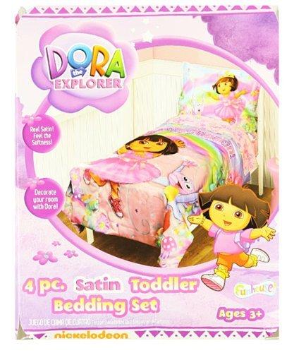 Dora the Explorer 4-Piece Toddler Bedding ()