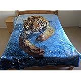 Tiger Splashing, Mink Style Queen Size Soft & Warm Blanket