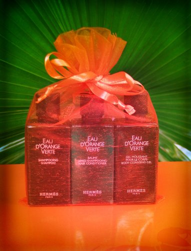 hermes-eau-dorange-verte-gift-set-135oz-each-of-shampoo-conditioner-and-body-cleansing-gel-in-a-gift