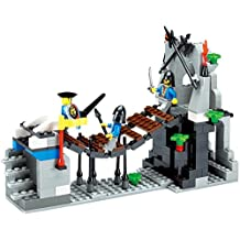 Chateaux Bridge entrance for the castle 259 pcs play set building blocks - secure entrance for the fort with armed guard - Compatible to Lego Parts - Great Gift for Children
