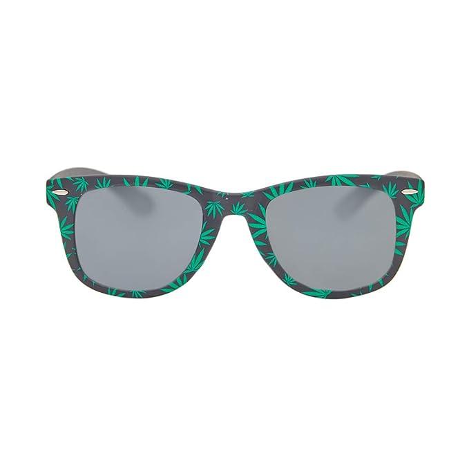 Amazon.com: Weed Leaf anteojos de sol: Clothing