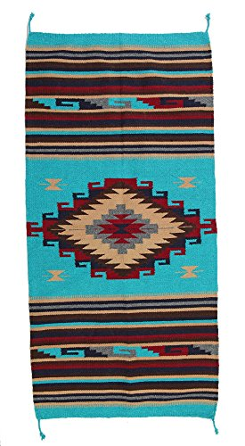 Beautiful Hand-Woven Southwest Style Accent Rug Pattern 32