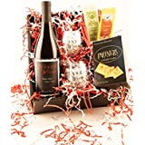 Perfect Pairing, Oregon Wine and Cheese Basket Gift Set Pinot Noir, 1 x 750 mL