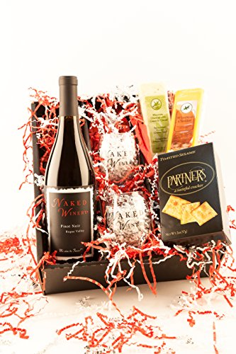 Perfect Pairing, Oregon Wine and Cheese Basket Gift Set Pinot Noir, 1 x 750 mL (Cheese Gift Sets Christmas)
