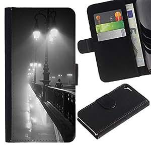 All Phone Most Case / Oferta Especial Cáscara Funda de cuero Monedero Cubierta de proteccion Caso / Wallet Case for Apple Iphone 5 / 5S // Lights Paris Bridge Romantic Night