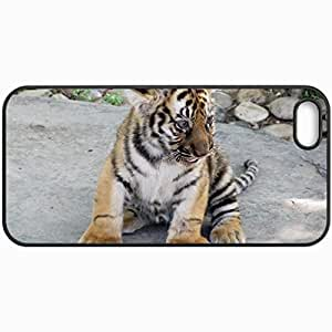 Customized Cellphone Case Back Cover For iPhone 5 5S, Protective Hardshell Case Personalized Tiger Cub Design Tiger Cat Black