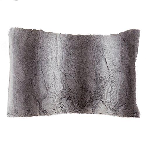 SARO LIFESTYLE Wilma Collection Timeless Animal Print Faux Fur Poly Filled Throw Pillow, 14'' x 20'', Grey by SARO LIFESTYLE