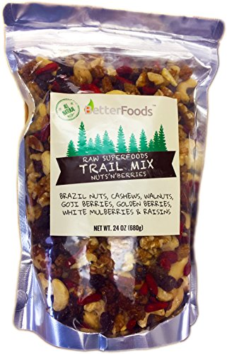 Raw Superfoods Trail Mix - Nuts and Berries (Goji Berries, Golden Berries, Mulberries, Raisins, Brazil Nuts, Cashews, Walnuts) 24 oz
