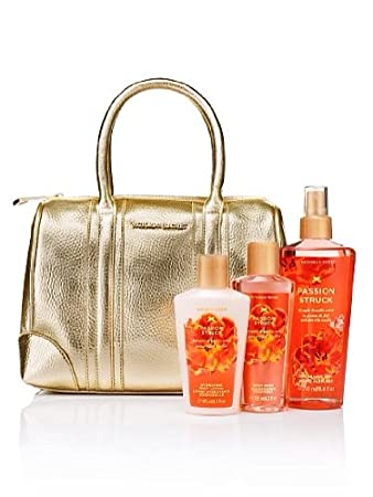 98b216201e Amazon.com   Victoria s Secret - VS Fantasies Handbag Gift Set ...