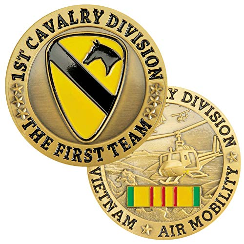 (Medals of America 1st Cavalry Vietnam Air Mobility Challenge Coin Gold)
