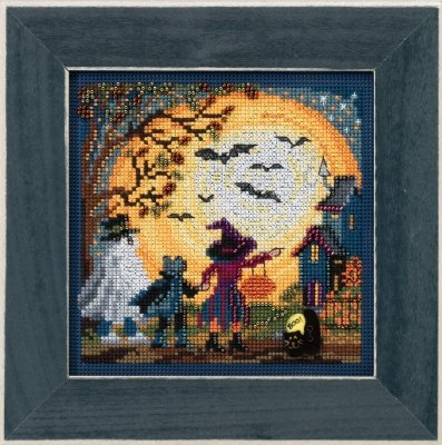 Moonlit Treaters Beaded Counted Cross Stitch Kit Mill Hill 2017 Buttons & Beads Autumn MH141724]()
