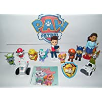 Juego de figuras de lujo de Paw Patrol de 14 juegos de juguetes con cachorros originales y nuevos como Everest y Tracker, vehículos nuevos, calcomanías especiales y un PAWRing de colección.
