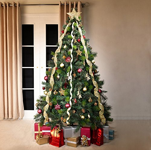 Sophisticated Christmas Tree: Green Canadian Spruce Luxury Artificial Christmas Tree