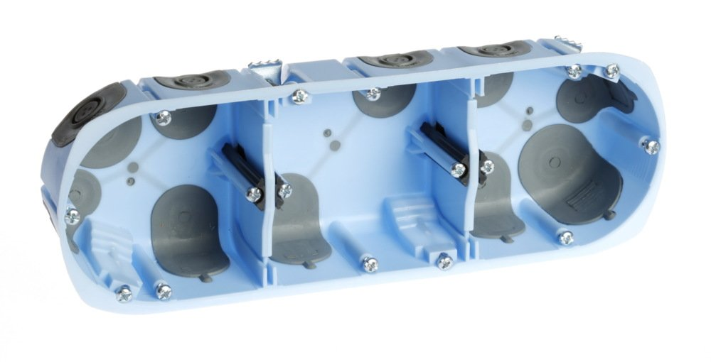 boite dencastrement TRIPLE profondeur 50 AIRmetic diam/ètre 67 entraxe 71 EUR--52067