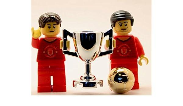 Lego Custom Manchester United - Juego de trofeo cromado para minifigura, diseño de balón de fútbol: Amazon.es: Juguetes y juegos