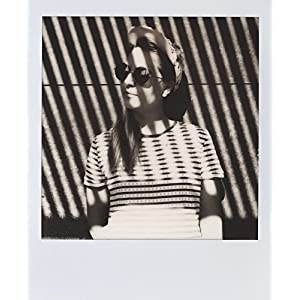51w2eVu13pL. AA300  - Polaroid Originals 4670 Shade Movie for 600, White