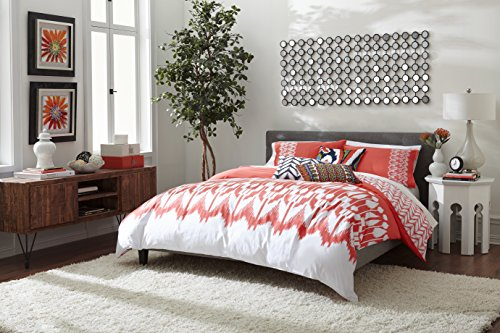 Trina Turk 3-Piece Hollyhock Ikat Comforter Set