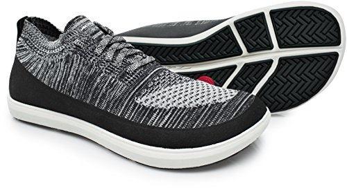 Altra Women's Vali Sneaker, Black, 7 Regular US by Altra
