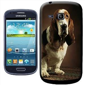 Fancy A Snuggle - Carcasa rígida para Samsung Galaxy S3 Mini i8190, diseño de perro basset hound sentado