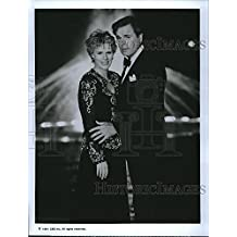 """1992 Press Photo """"The Trials of Rosie O'Neill"""" Sahron Gless,Robert Wagner"""