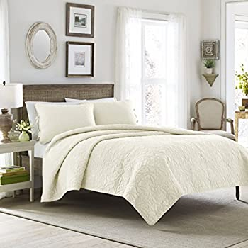Amazon.com: Laura Ashley Felicity Quilt Set, Ivory, King: Home ... : ivory king quilt - Adamdwight.com