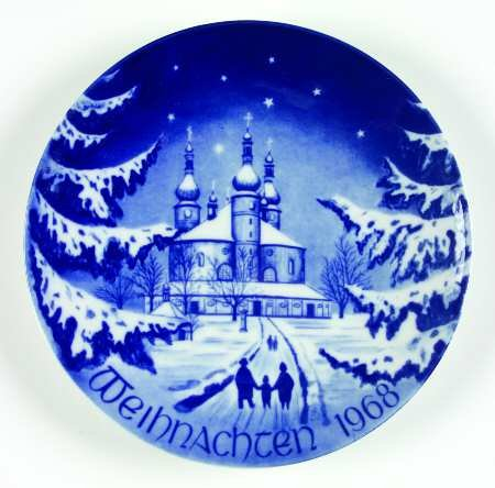 1968 Bareuther Christmas Plate -- Imported Bavarian Porcelain