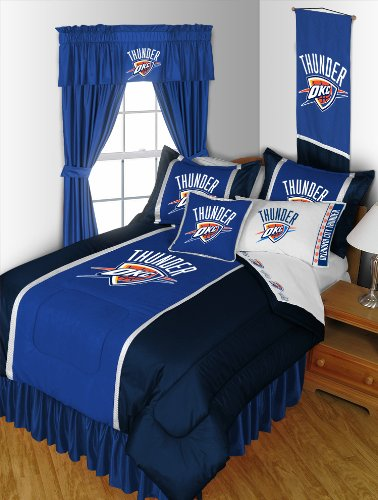 Oklahoma City Thunder 4 Pc TWIN Comforter Set (Comforter, 1 Flat Sheet, 1 Fitted Sheet, 1 Pillow Case) PERFECT FIT FOR A FAN'S BEDROOM OR DORM! by Sports Coverage