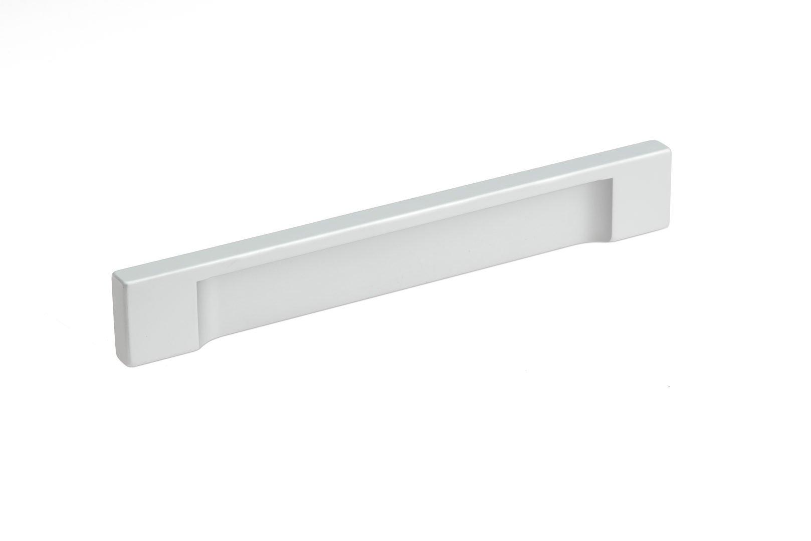Richelieu Hardware - BP1310112810 - Contemporary Aluminum Pull - 1310-5 1/32 in (128 mm) - Aluminum Finish