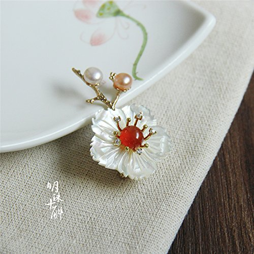 (Custom red spring Pearl ten Gok original onyx pearl white butterfly shell flower brooch)