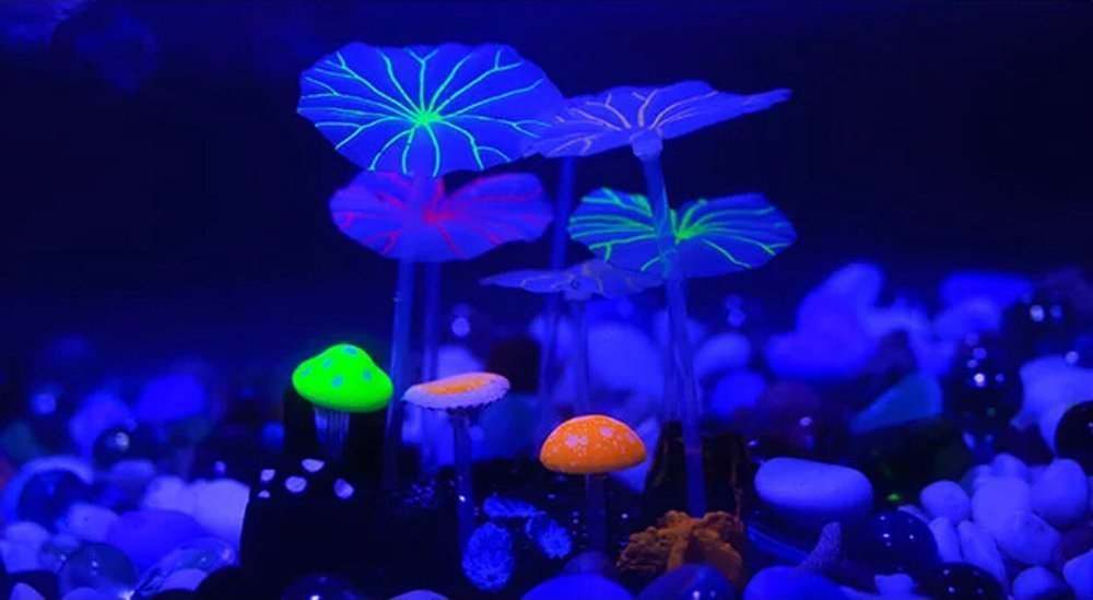 Lesypet ® Artificial Fluorescence Mushroom & Lotus For Ornaments