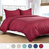 "Duvet Cover Set with Zipper Closure-Burgundy Diamond Pattern, Twin (66""x86"")-2 Piece (1 Duvet Cover + 1 Pillow Shams)-110 gsm Ultra Soft Hypoallergenic Microfiber by Bedsure"