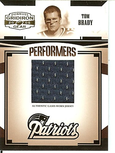 2005 Donruss Gridiron Gear Football - Football NFL 2005 Gridiron Gear Performers Jerseys #47 Tom Brady MEM 134/150 Patriots