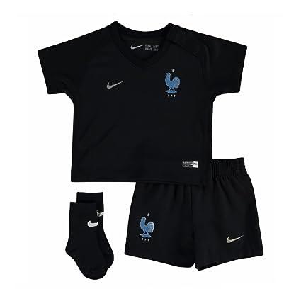 sports shoes 2b31e d2545 Amazon.com : Nike 2017-2018 France Away Mini Kit : Sports ...