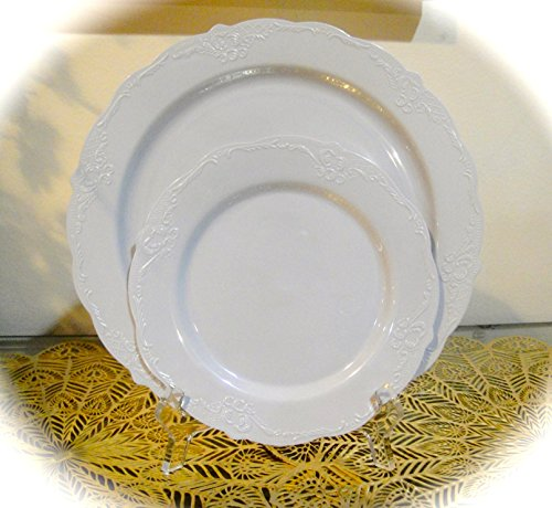 Silver Spoons 20 Pack, Vintage Disposable Plastic Round Plates (10 Dinner -10