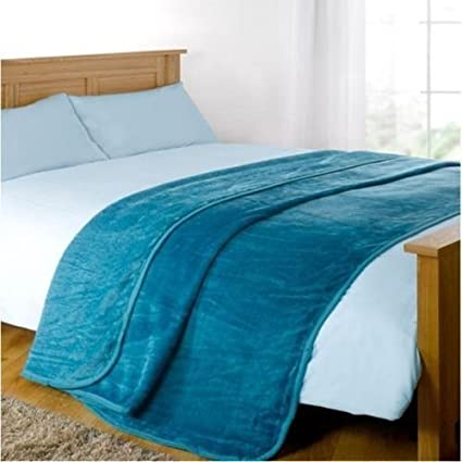 Faux Fur Blanket Throw Mink Sofa Bed Luxury King Size Warm Large 200cm x  240cm by Home   Bath Co. (Teal)  Amazon.co.uk  Kitchen   Home c0170e5d8